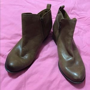 Lucky Brand Brown distressed Leather Booties